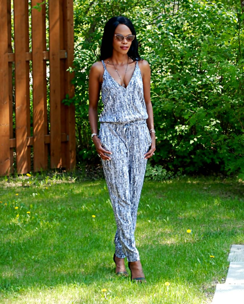 Splendid arrow print jumpsuit, body chain, style my dreams, winnipeg fashion blogger, splendid jumpsuit, jumpsuit