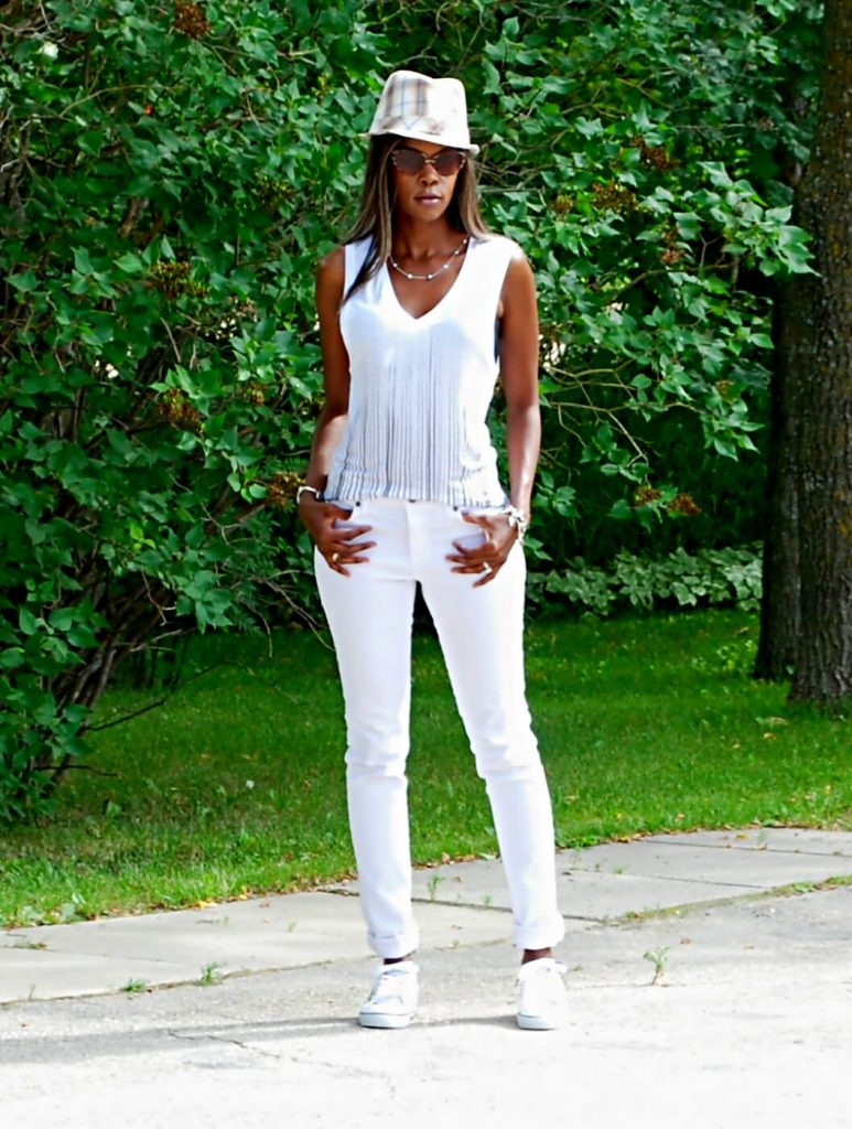 Winnipeg blogger, Kit and Ace, Kit and Ace Tama Tank top, White denim, Yoga jeans, fedora, vans sneakers, slip-ons, style my dreams, white sneakers