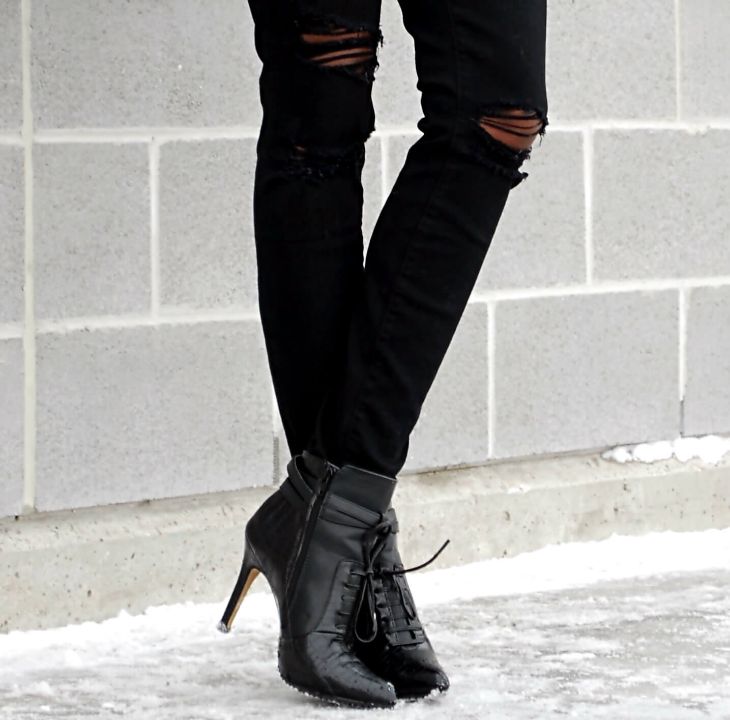 black ripped denim, distressed denim, current/elliott denim, black booties, winnipeg fashion blogger, fashion blogger style, african blogger