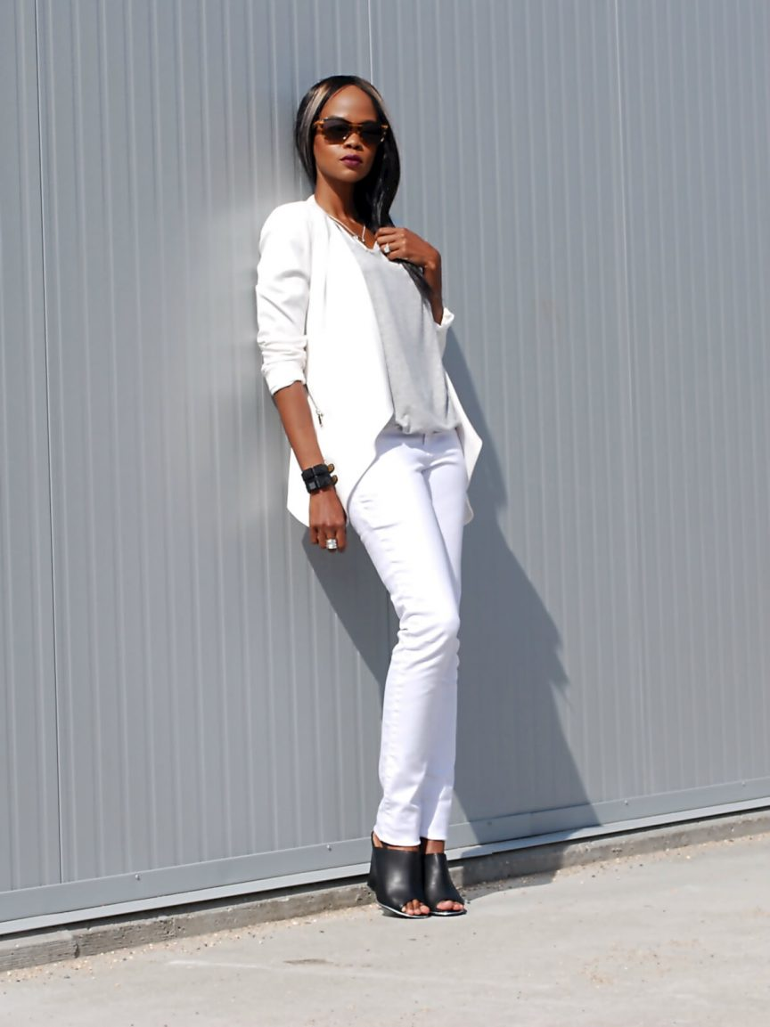 All white outfit, White denim, white jeans, white blazer with zippers, spring trends, Winnipeg fashion blogger, black mules, black lord & taylor Design lab mules, style my dreams blog,