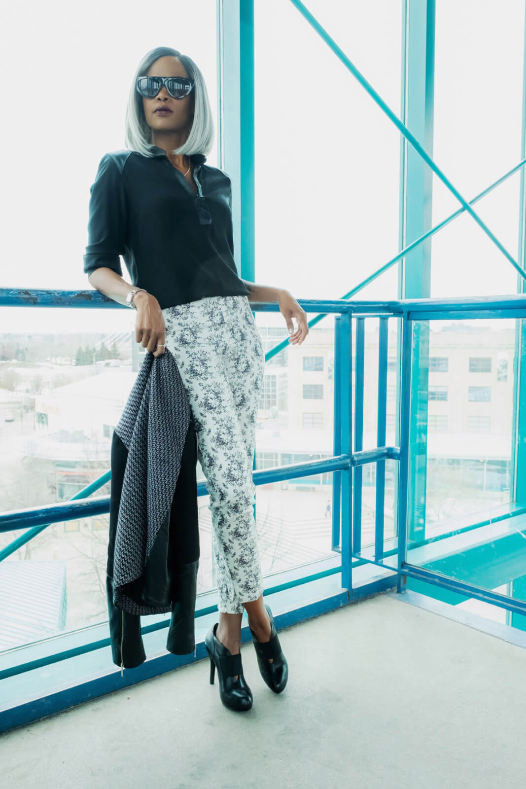 Black and White outfit, How to style prints, spring fashion, Winnipeg Fashion Blogger