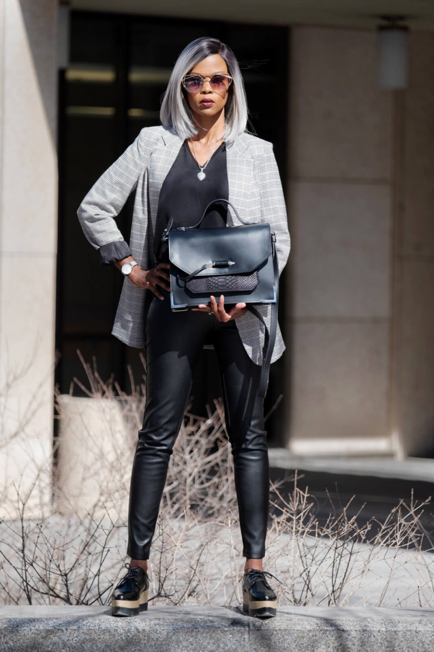 Boyfriend Blazer, Faux Leather Leggings, Fall Fashion, All black Outfit, Black Oxfords